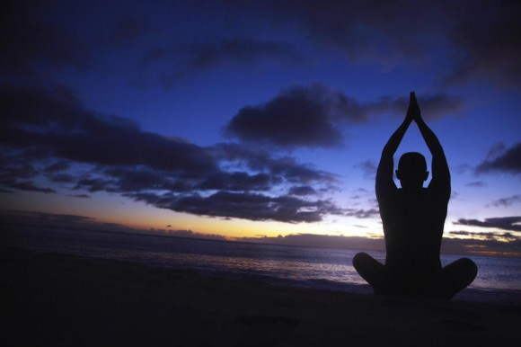 2-sunset-yoga-brandon-tabiolo