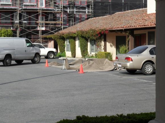 Carpet cleaning at Plaza de la Cruz, plan accordingly for parking today!